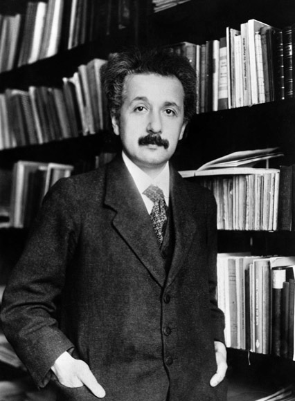 Einstein and the Annus Mirabilis of 1905